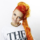 The Shit Shop, Bonnie Strange ist auch Shop Inhaberin(© Great Lengths) -