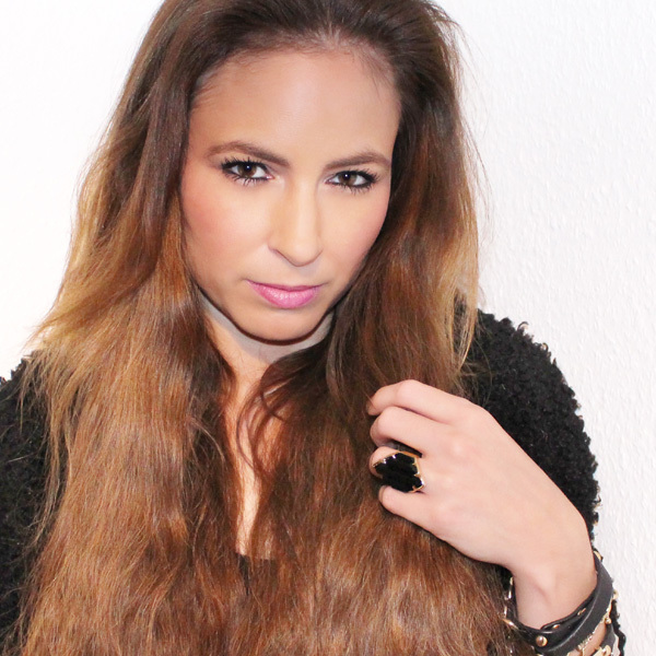 Donna J. Nova nach dem Umstyling (© Great Lengths)