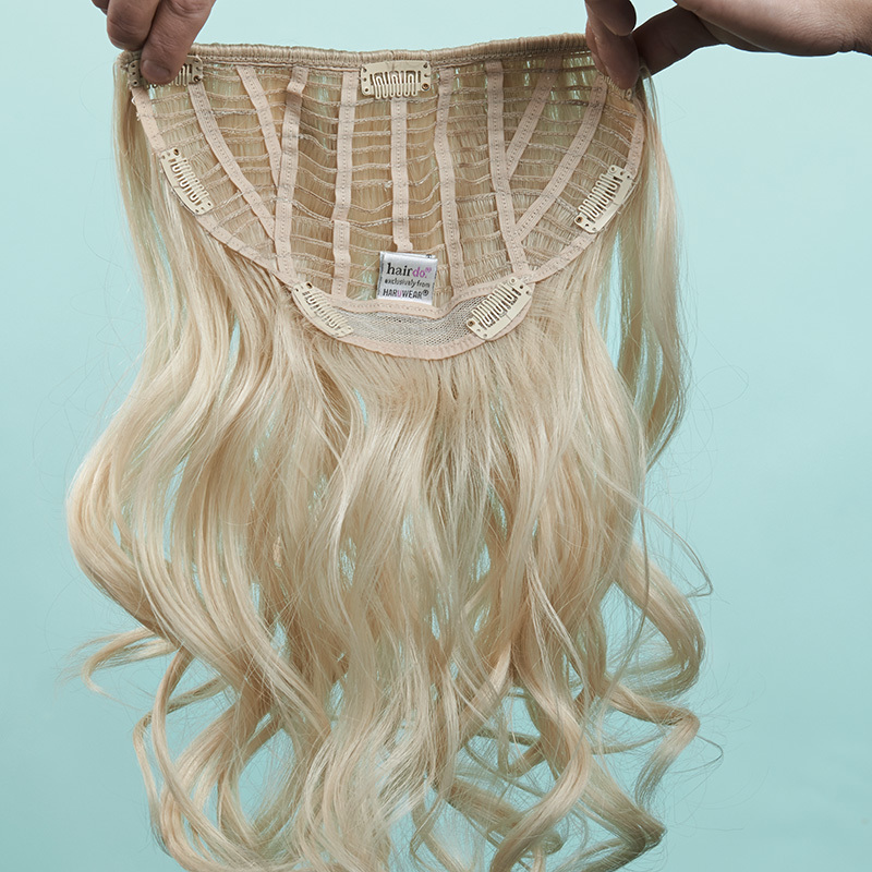 23 inch Wavy Extension Innenseite, Sujet 0438:  (© © Great Lengths)