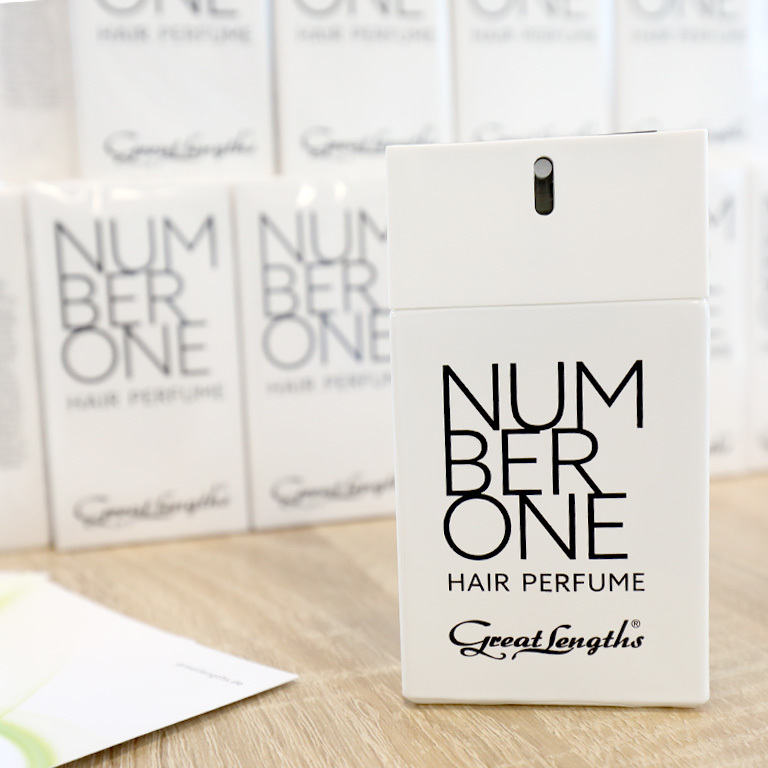 Neu! NUMBER ONE Hair Perfume (© Great Lengths)