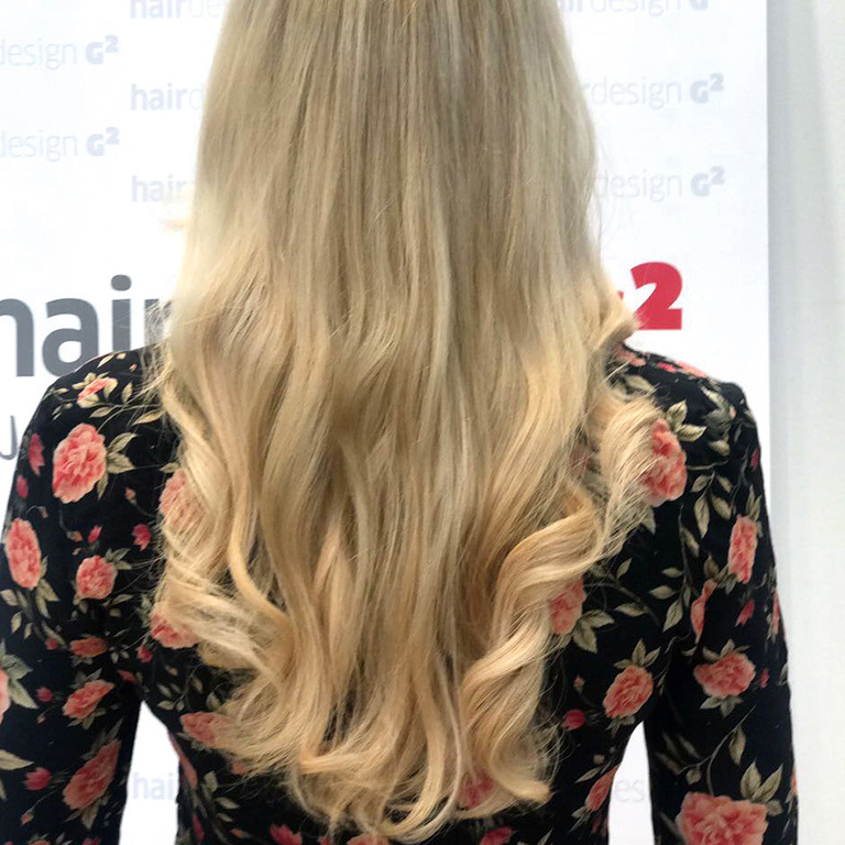 Nadja mit neuen Extensions (© Great Lengths)
