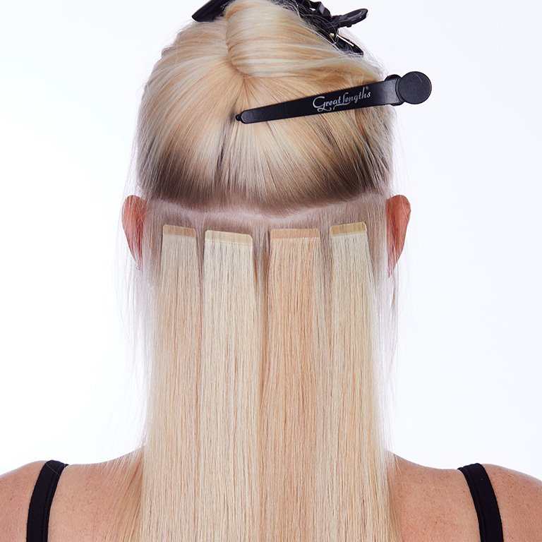GL TAPES - die schnelle Verwandlung - Klebe Extensions:  (© © Great Lengths)