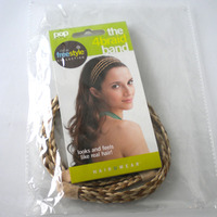 THE 4 BRAID BAND in der Verpackung:  (© Great Lengths)