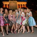 Die Meisetwins Nina und Julia Meise, Victoria Jancke, die Zwillinge Ayse Auth und Hatice Nizam, Sonja Kiefer, Sabine Pillera und Hannah Kathleen Hawkshaw